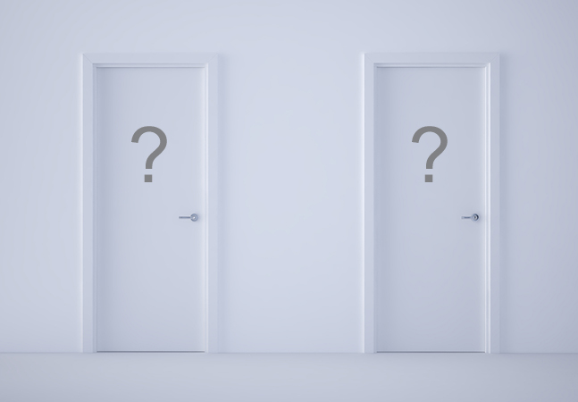 Choosing Between Default Arguments and Overloading in C++